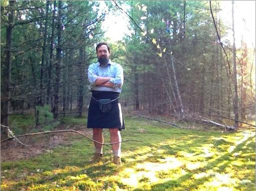 Photo of completed kilt from the front